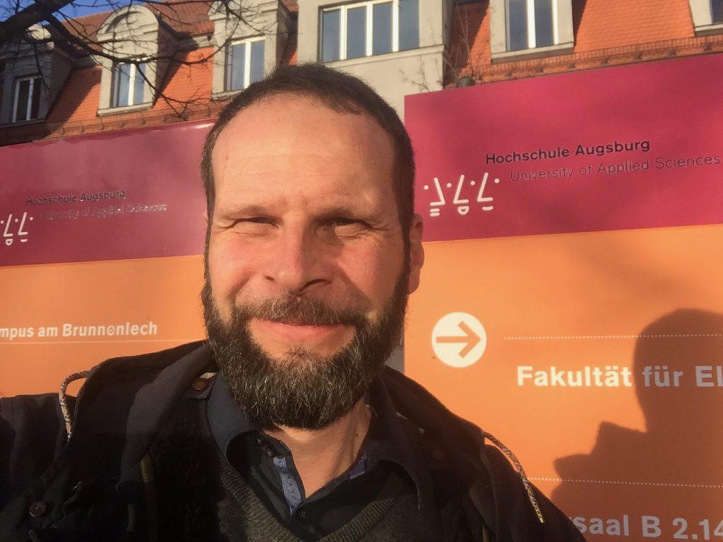 Lotse Drumm Dozent an der Hochschule Augsburg